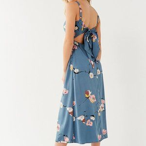 UO Layla Straight-Neck Tie-Back Midi Dress